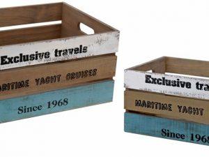 skrzynki drewniane z napisami