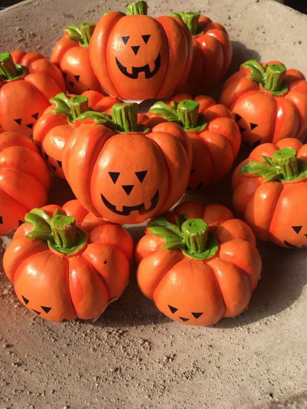 Ceramiczna dynia na Halloween 5,5 cm