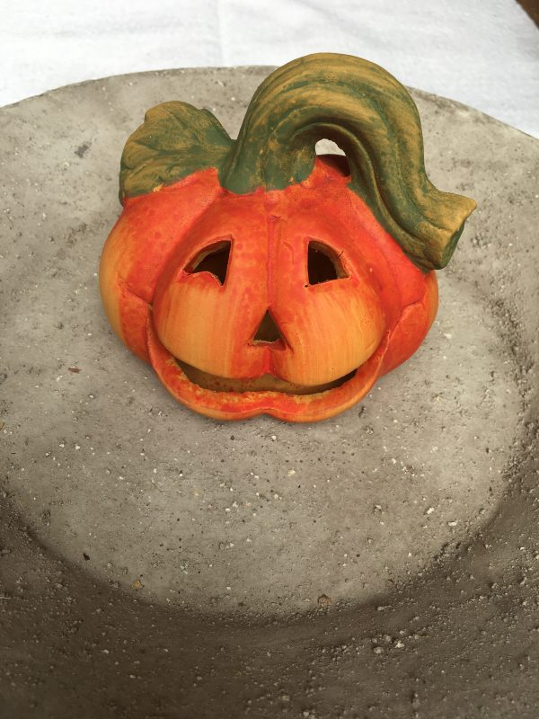 Lampion ceramiczny dynia na Halloween 11 cm