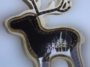 Drewniany renifer dekoracja bożonarodzeniowa efekt 3D 28 cm