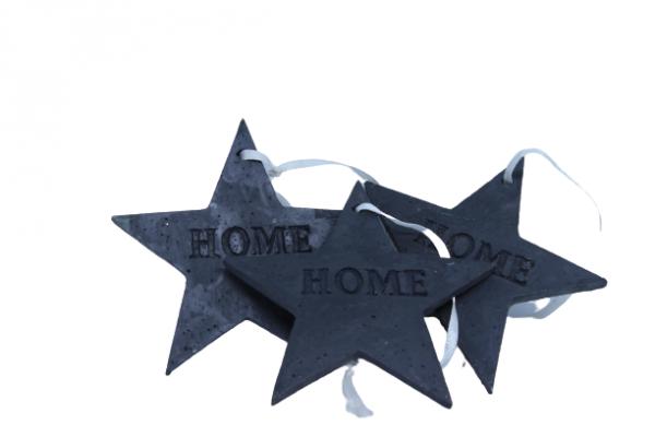 Zawieszka choinkowa czarna w kształcie gwiazdy 9 cm