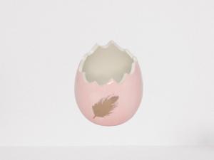 Donica, osłonka w kształcie skorupki jajka kolor różowy wys 13 cm